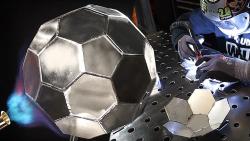 Fußball Bausatz aus Edelstahl